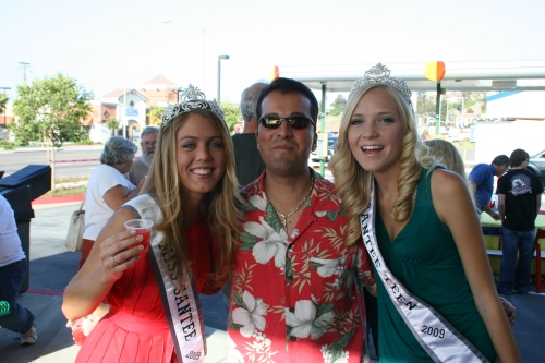 Miss Santee & Miss Santee Teen with Rob McNelis