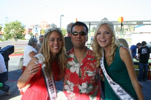 Miss Santee & Miss Santee Teen with Rob McNelis