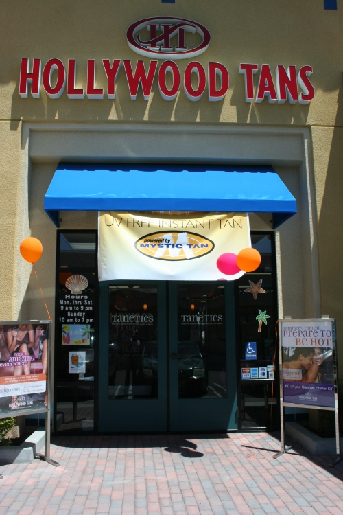 Hollywood Tans, Santee