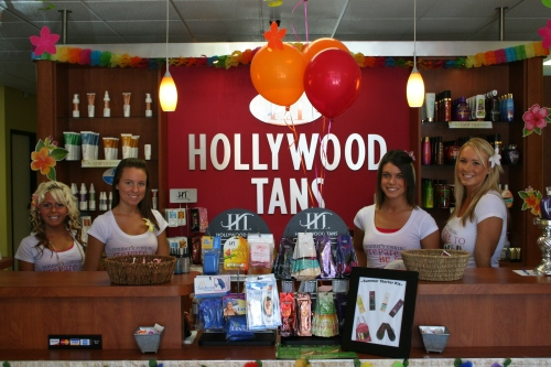 Hollywood Tans Third Anniversary