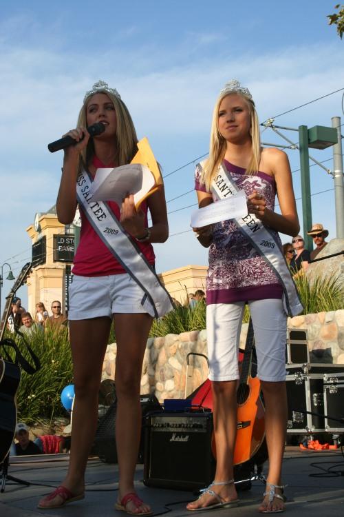 Sierra Billock and Nicole Ehlke